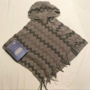 Papillon fuzzy knit shawl